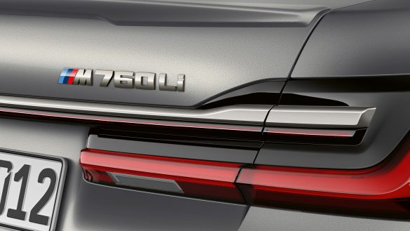 BMW 7er Limousine M760Li Badge